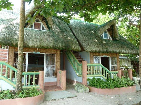 Dalupuri - San Antonio Island, Philippines: fairy tale accomodations (Dana & Chelsea)