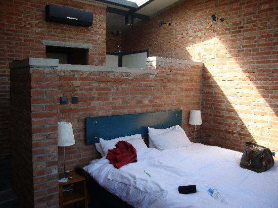 Brickyard Retreat at Mutianyu Great Wall: The Hotel Room (1)