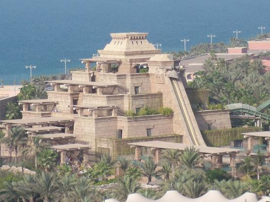 Atlantis The Palm Leap Of Faith Slide At Water Park