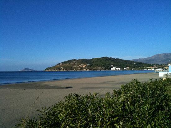 CasaFusco: Scauri, spiaggia.