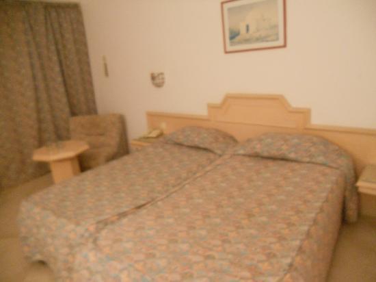 SunConnect One Resort Monastir: lits