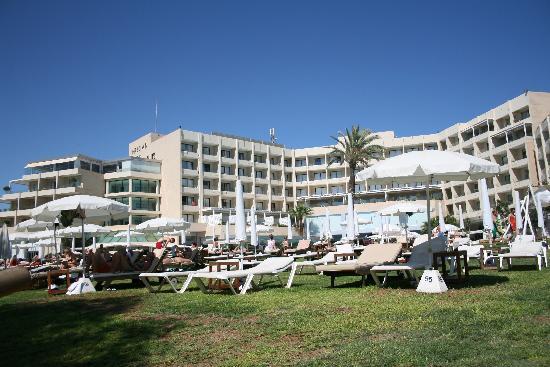 Grecian Park Hotel : Hotel Aussenanlage