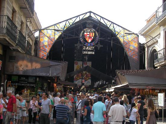 Up Suites Bcn: La Bocaderia (Great Markets off Las Ramblas) a must see