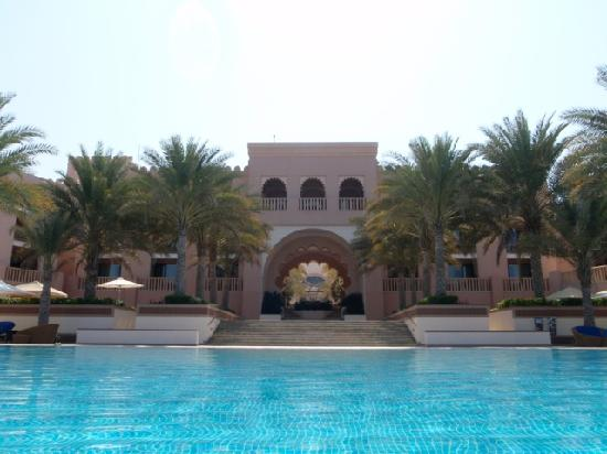 Shangri-La Al Husn Resort & Spa: Swimming pool