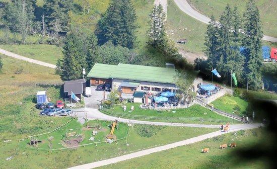 Albert Link Hütte: Die Albert-Link-Hütte vom Stolzenberg aus