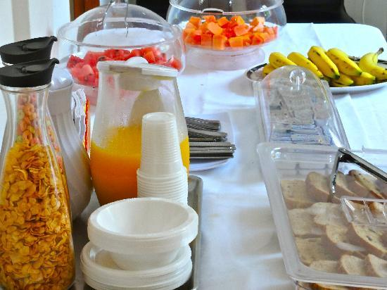 San Roque Bed & Breakfast Panama: Continental Breakfast