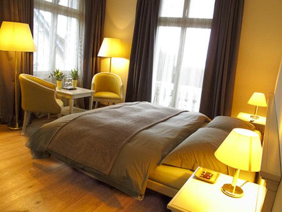 Hotel Ermatingerhof: Doppelzimmer in brauntönen