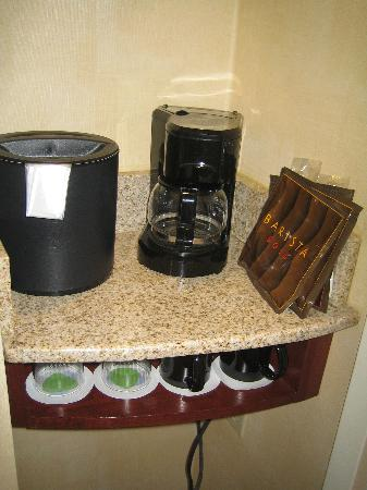 Courtyard Foothill Ranch Irvine East/Lake Forest: Good supply of coffee