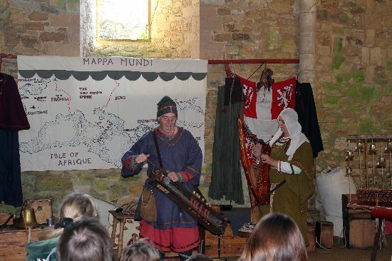 Battle Abbey and Battlefield: Traditional Music
