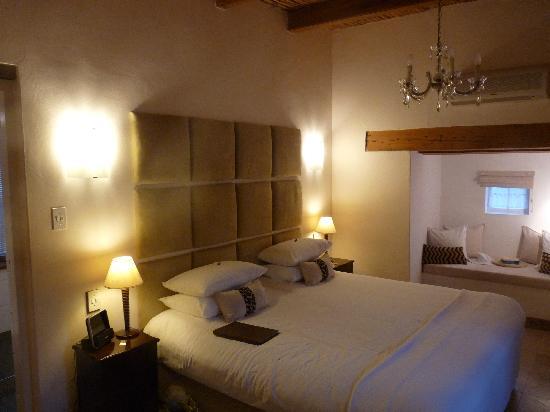 Rothman Manor: Bedroom view 1