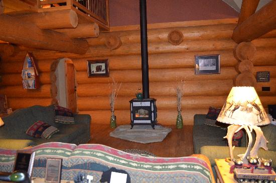 Bear Mountain Lodge: Great Room