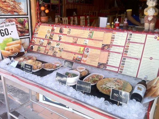 Skal Restaurant: The best Restaurant Display i have seen in thailand!