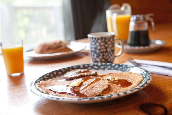 Voyageur Canoe Outfitters: Voyageur's Famous Pancake Breakfast
