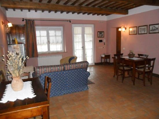 Bed & Breakfast Le Rondini: sala