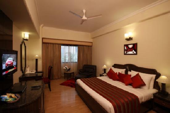 Golden Tulip Amritsar : Deluxe Room