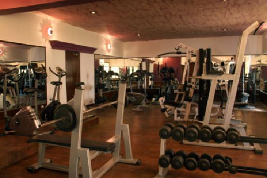 Golden Tulip Amritsar: Well Quipped Gymnasium