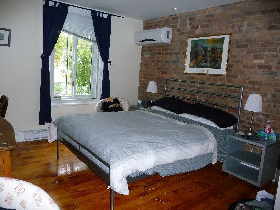 Le Simone: Chambre 8 (hotel le chasseur)