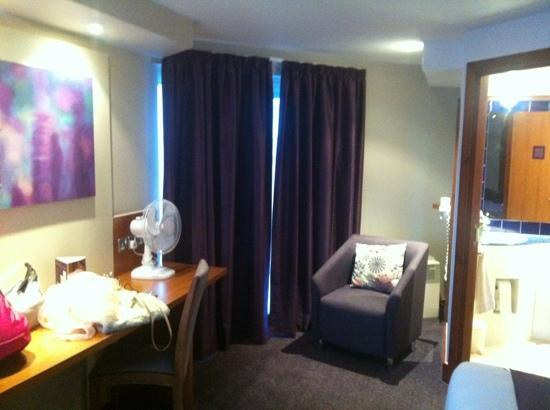 Premier Inn London Kew Hotel: camera