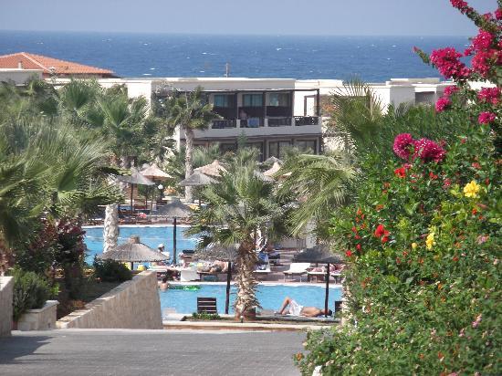 Stella Palace Resort & Spa: The top 2 bars