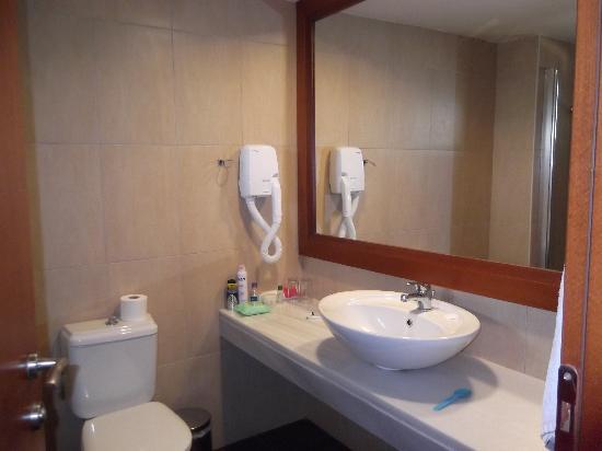 Stella Palace Resort & Spa: Our bathroom