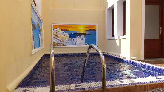 โรงแรมอันโตเนีย ซานโตรินี่: Poolside