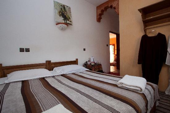 Riad Oussagou : Room