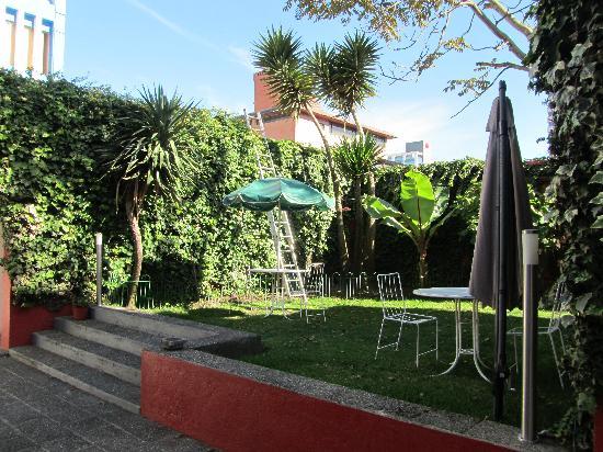Hostal de La Rabida: Garden Area