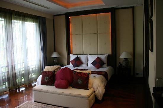 Bann Tazala: Room 9