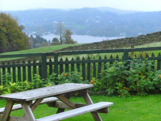 Hawkrigg Guest House: The View of Windermere from the garden