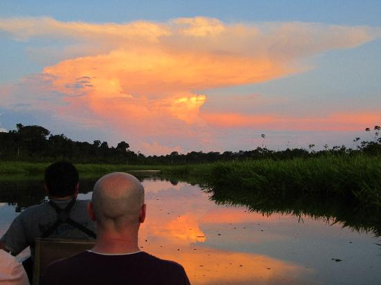 Manatee Amazon Explorer: Sunset canoe ride