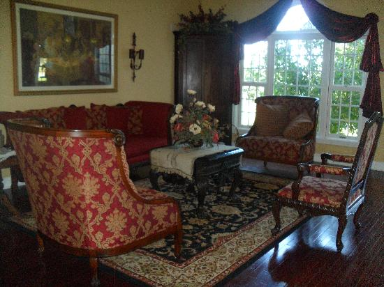 Southern Grace Bed And Breakfast: The Living Room/Parlor With Pieces From  The 1700u0027s