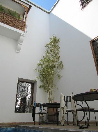 Riad l'Orangeraie: Coin piscine