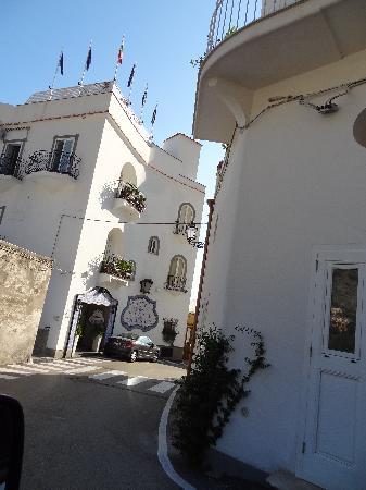 Hotel Villa Franca: Front of hotel
