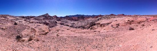 Pink Jeep Tours Las Vegas: Panorama of the beautiful scenery.