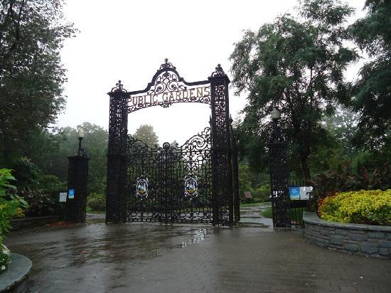 Halifax Public Gardens: entrance