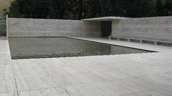 Pabellon Mies van der Rohe : pavillion