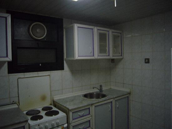 Andalus Classy Hotel: Kitchenette (smell not included)