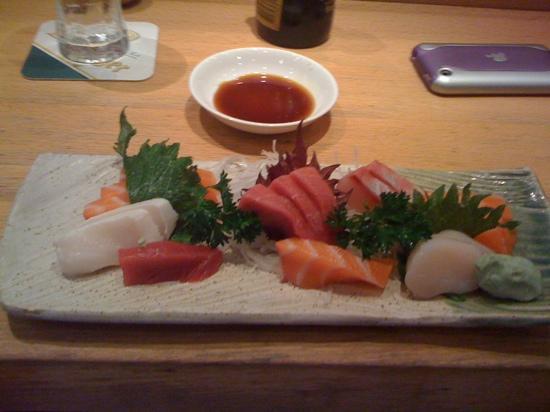Iwase : partly eaten sashimi dish!