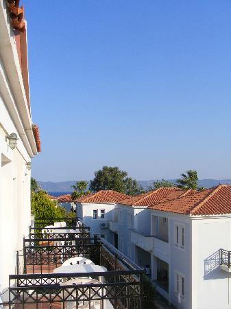 Panselinos Hotel Apartments: Another view from our room