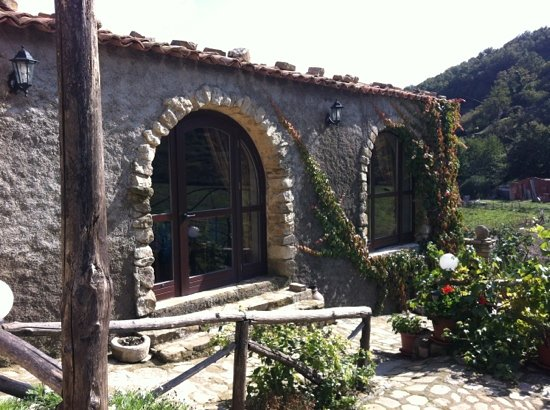 Montalbano Elicona, Italy: Grattazzo, oasi del gusto!