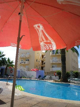 Elegance Vista Blava: The pool area