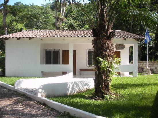 Hacienda la Esperanza: The medical clinic that our B&B supports.