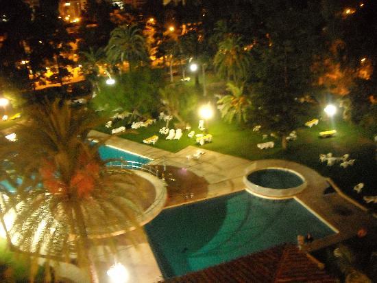 Hotel Intur Orange: vista nocturna