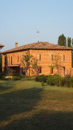 La Gaiana: Main building