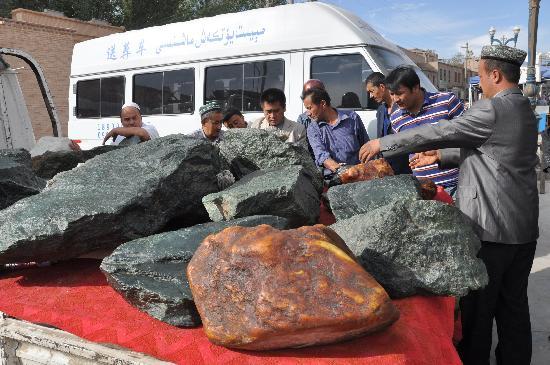 Dunhuang East Thousand-Buddha Caves : Kashgar Altstadt Jade zum Verkauf