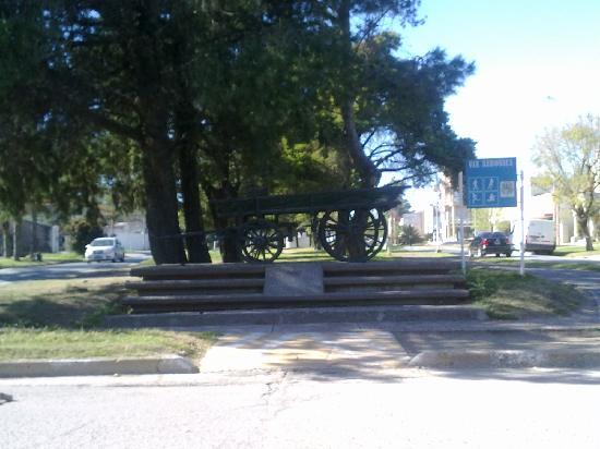 Crespo, Argentinien: Monumento a la Carreta