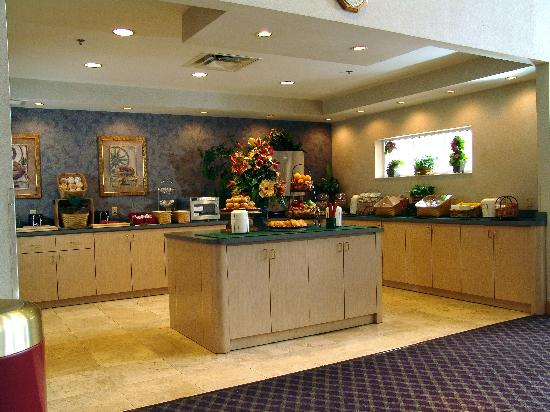 Quality Suites Lake Buena Vista: Breakfast