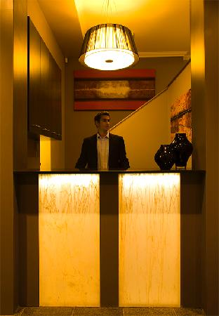 The Bayswater Sydney: Front Desk