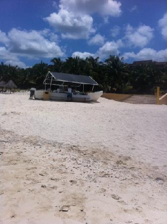 Telchac Puerto, México: beach bar