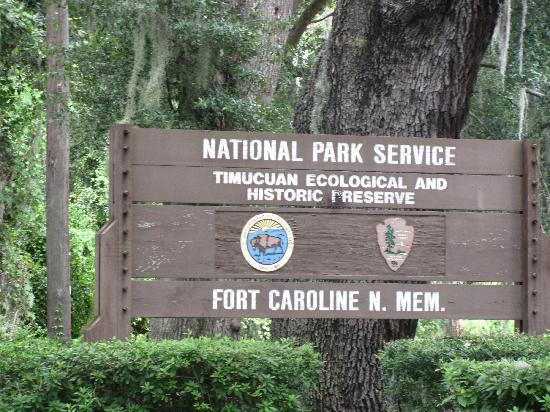 Fort Caroline National Memorial: entrance signage